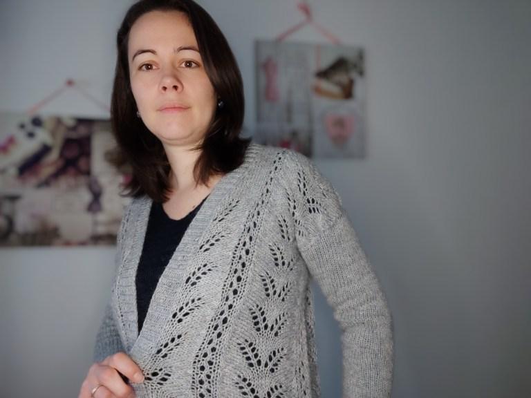 Gilet Fougère - Modèle au tricot - Maloraé Designs