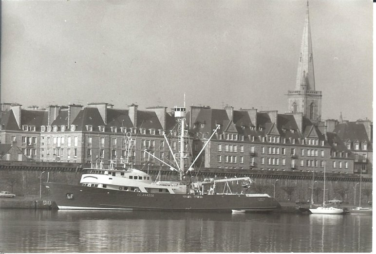 Le Magellan en 1975, quai Saint Louis