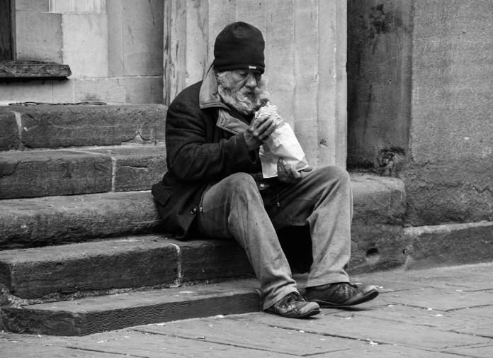 Resultado de imagen de El dolor de ser anciano en México