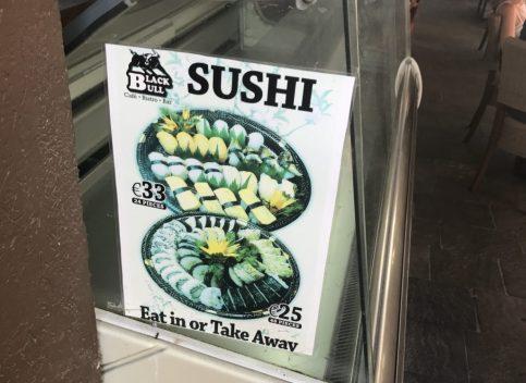 マルタの寿司屋の看板