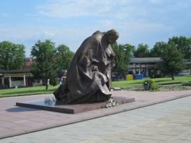ヤスナ・グラ修道院ポズナン大聖堂-銅像