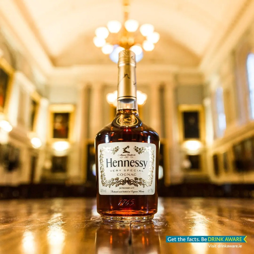 Hennessy-Bottle