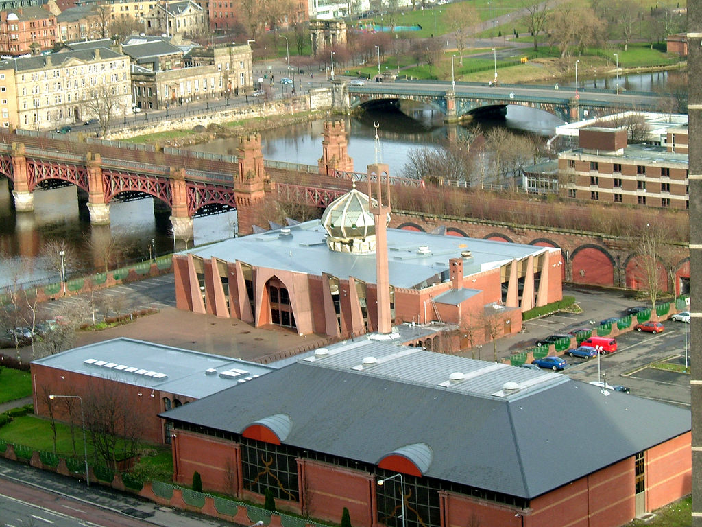 Glasgow Central Mosque, former site of the Adelphi Distillery from 1825 to the early 1970s. Mosque was built in 1983. Photo Credit: skyscrapercity.com