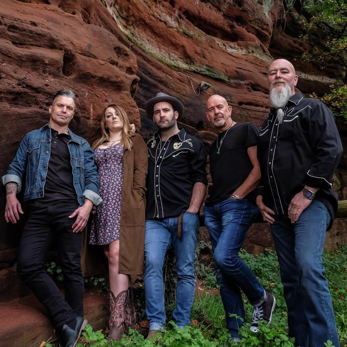 Stone Mountain Sinners featuring Sarah Warren