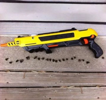 S . review of Pest Buster!-Flies Salt Gun -Say goodbye to pest invasion!(Free shipping worldwide)
