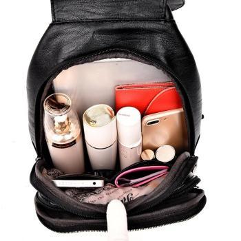 Mochilinha Fashion 100% Couro