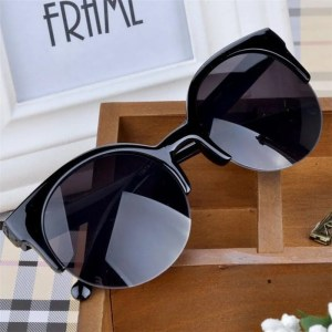 Óculos de Sol Feminino Fanchonista