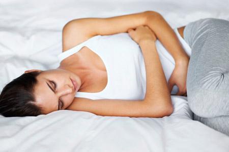 При беременности зеленый стул — Боль в кишках