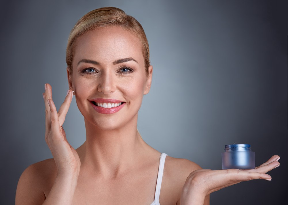 Wybieraj krem przeciwzmarszczkowy jak znawczyni! Poznaj składniki kosmetyków na zmarszczki