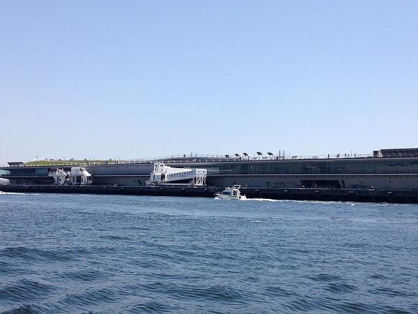 観光船シーバスからの眺め大桟橋