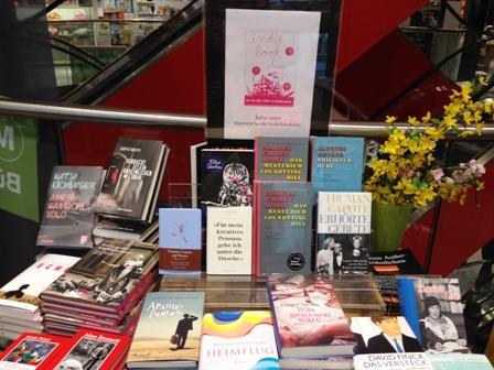 Indiebookday Büchertisch im Laden