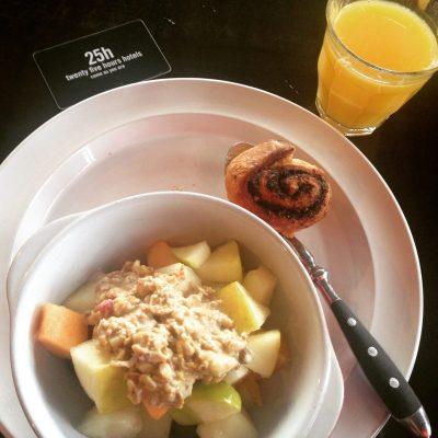 Frühstück: Erstmal Obst....