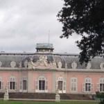 Ferientag 2 und 3: Schloss Benrath, Gewitter und ein kinderfreundliches Café