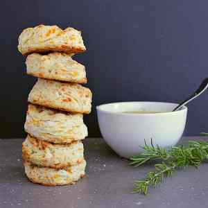 These Easy Baking Powder Biscuits are loaded with cheddar, butter and a whole-lota yum. On the table in 30 minutes, these beauties are quick and delicious!
