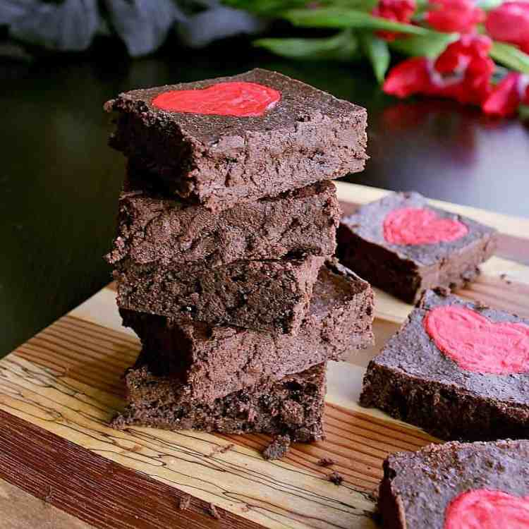 Dive into fudge heaven with these deliciously adorable Low Carb Valentine's Day Brownies. There's not a lot better than guilt free indulgence!