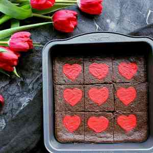 low-carb-valentines-day-brownies