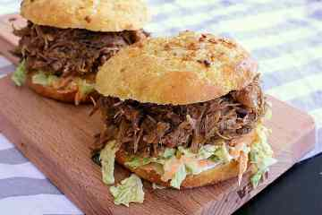 These onion packed low carb buns are super quick and easy to throw together for some extra delicious keto burgers or low carb sandwiches.