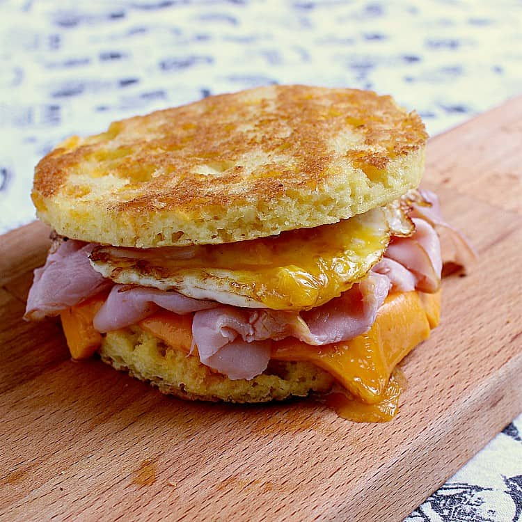 keto breakfast sandwich with ham, egg and cheddar on a 90 second keto bread.