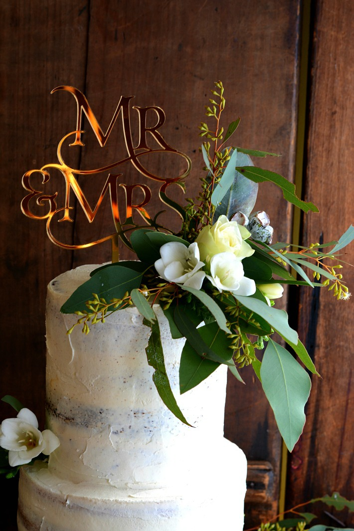 Australiana Wedding Cake