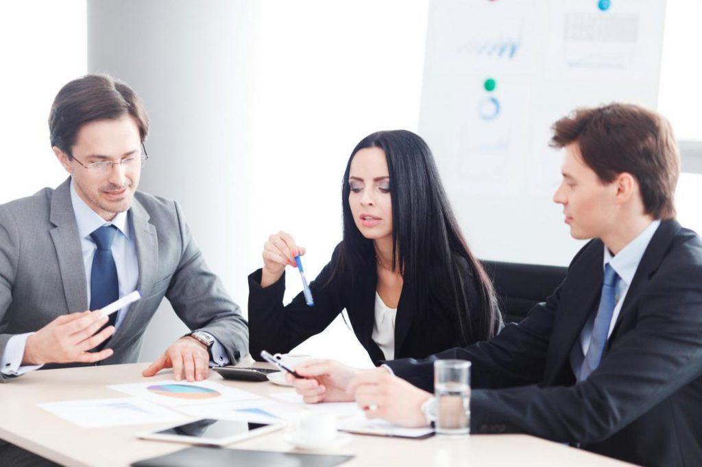 Factors To Consider When Choosing A Family Lawyer