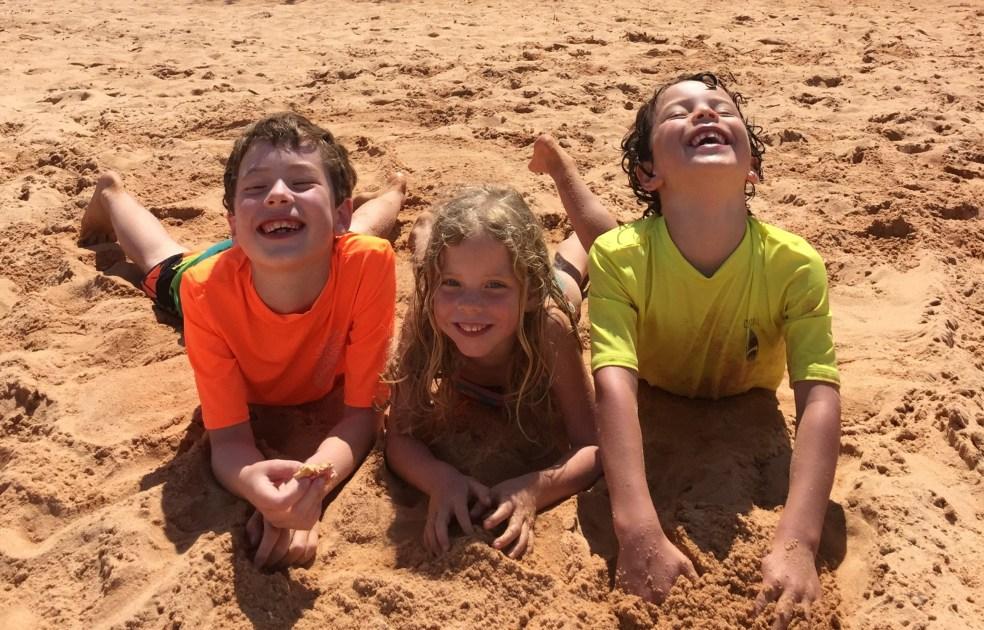 Happy Tiny Kids