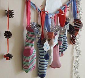 календарь ожидания нового года за неделю из носков
