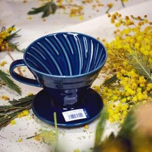 Индиго керамическая воронка для заваривания кофе Hario V60