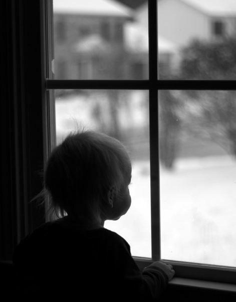 Noaptea în care toate mamele au încuiat geamurile. O lecție despre responsabilitate