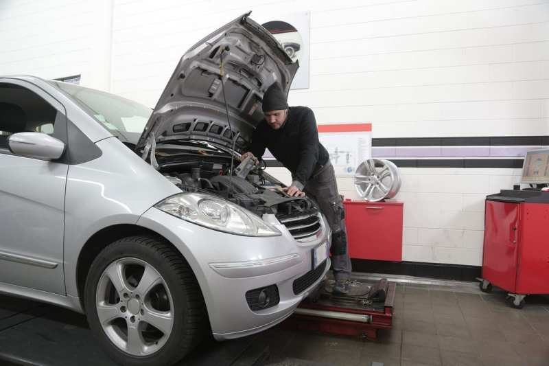 pay for expensive car repairs