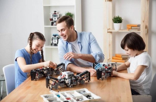 robotica para crianças estimula a criatividade