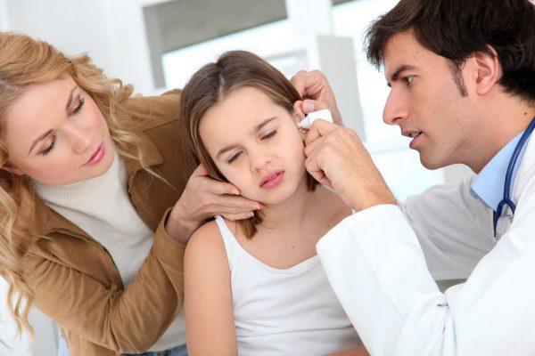 infecção de ouvido crianças