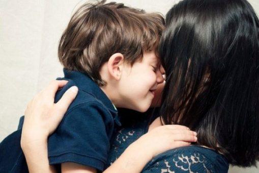 mãe e filho proteção