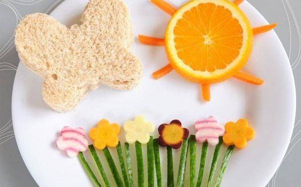 Comida criativa: como fazer seu filho comer frutas