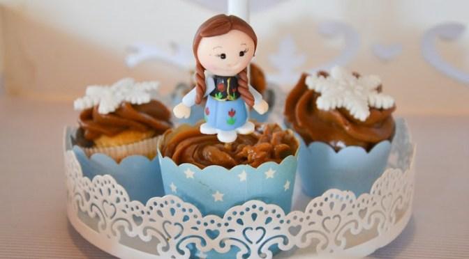 Doces personalizados no tema Frozen (Festa da Manu )