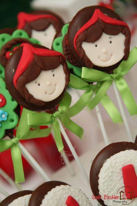 Pirulito de chocolate para festa no tema Chapeuzinho Vermelho