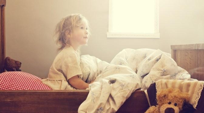 Xixi na cama sem trauma: saiba como ajudar seu filho