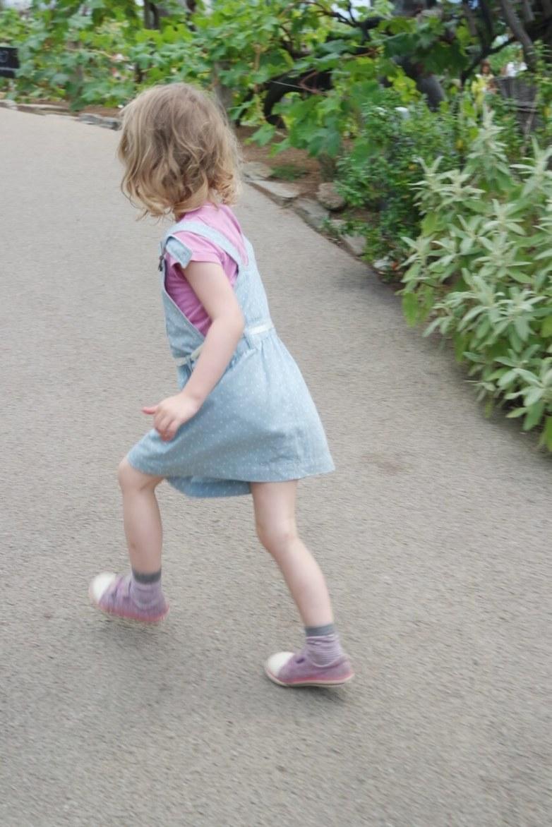 Georgie running