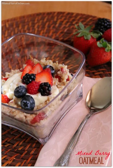 Mixed Berry Oatmeal with Driscoll's Berries #BerryNOats - Mama Harris' Kitchen