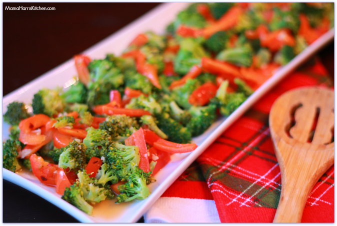 Broccoli and bell pepper saute using pompeian extra virgin olive oil #PantryInsiders - Mama Harris' Kitchen