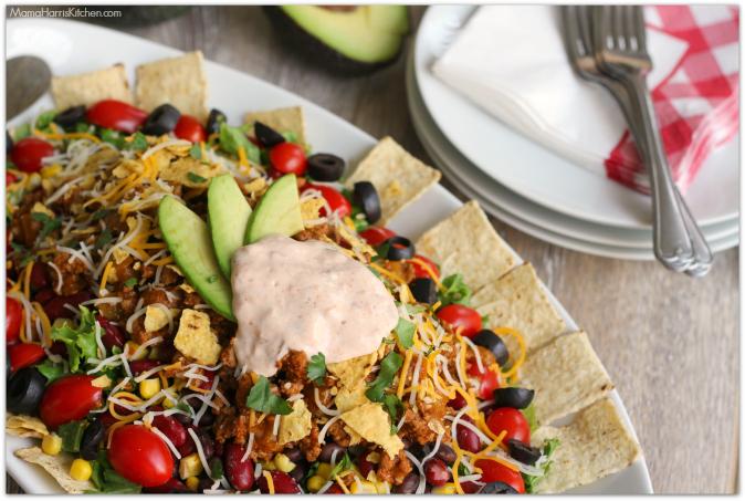 Easy Taco Salad with Creamy Habanero Lime Sauce #700ReasonsforSummer #IC #ad