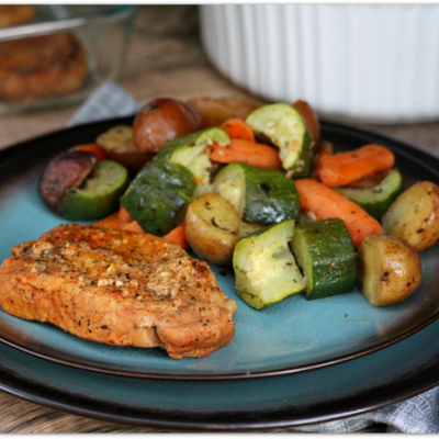 Instant Pot Spice-Rubbed Pork Chops with Veggies