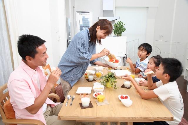 子供が食事を食べない?小さい時こそ必要な栄養素とは?