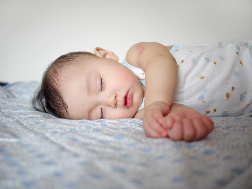 インフルエンザで子供の熱が下がらないけど症状は何日続くのか