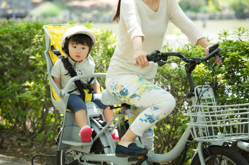 ママチャリの子供乗せは何歳から?前と後ろのメリット・デメリット【前編】