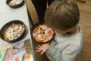 frisch-belegte-pizzen