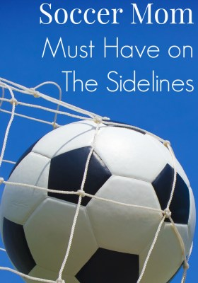 10 Things Every Soccer Mom Must Have on The Sidelines. This is a must-read for every parent with a child playing travel soccer.