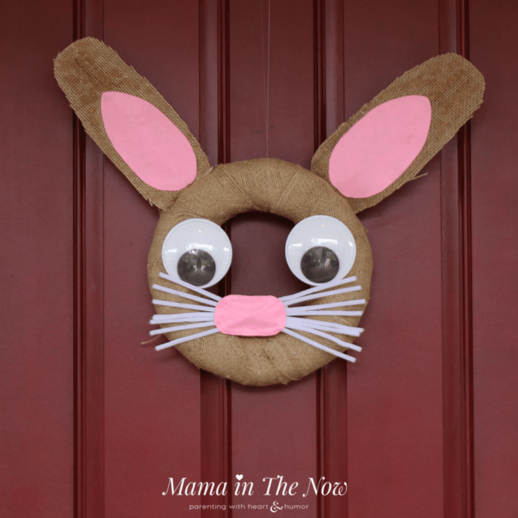 Adorable Easter bunny door wreath. Perfect spring time decoration. Fun to make with the kids! Craft inspiration for kids, tweens and teens.