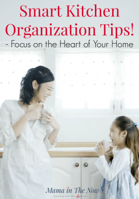 These smart kitchen organization tips help you declutter, organize and manage your kitchen with ease. Every busy mother's dream. Organize your kitchen so you have more time to LIVE!