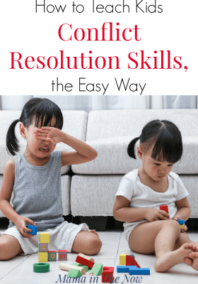 How to teach kids conflict resolution skills, the easy way. Play-based parenting, positive parenting skills. Break up sibling fights with this easy to follow parenting tip from a mother of four boys. Parenting tip to solve sibling rivalry and sibling fights. Parenting win.