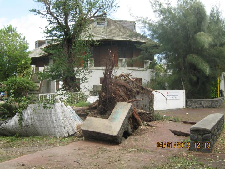 Cyclone Dumile 041